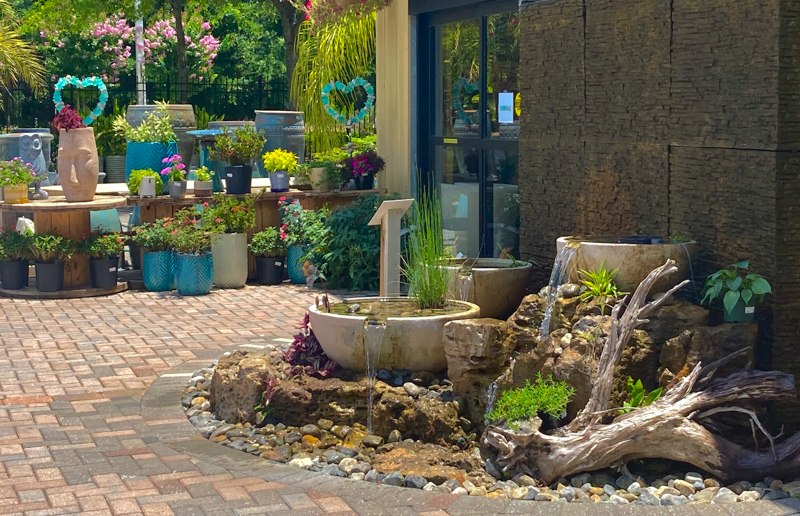 Entrance Elegance pondless water feature at Earth Works of Jacksonville.